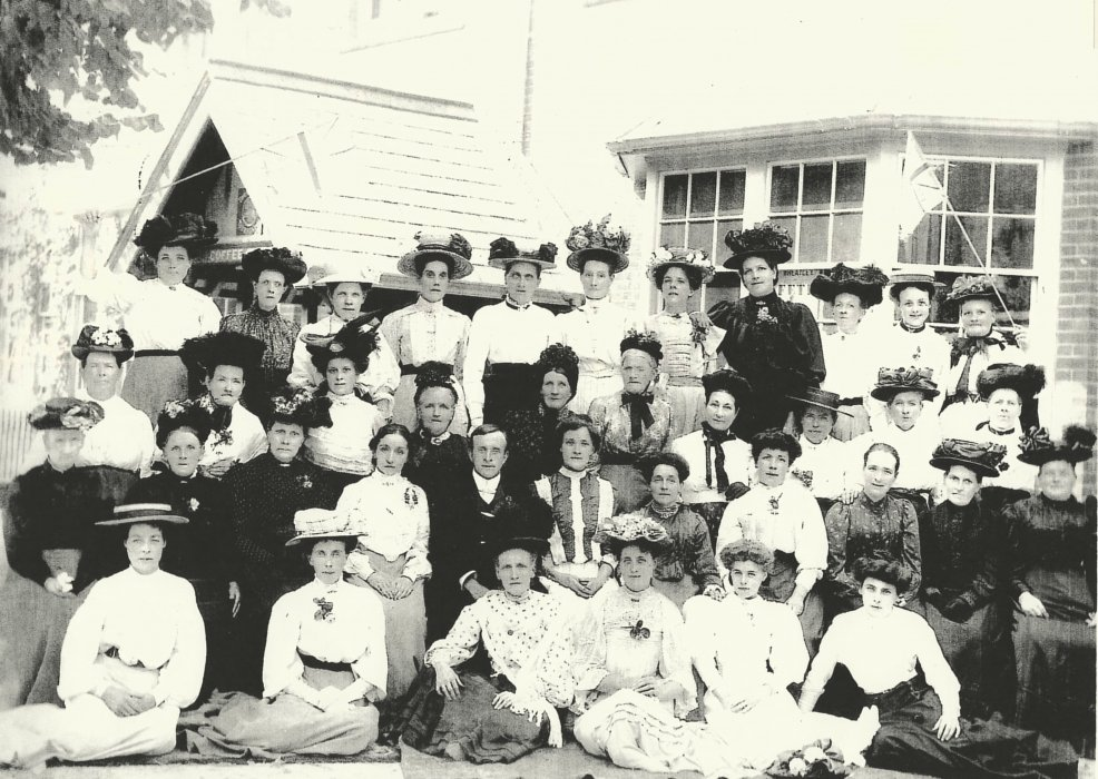 The Women's Wednesday Afternoon Class in Wheatley 1908