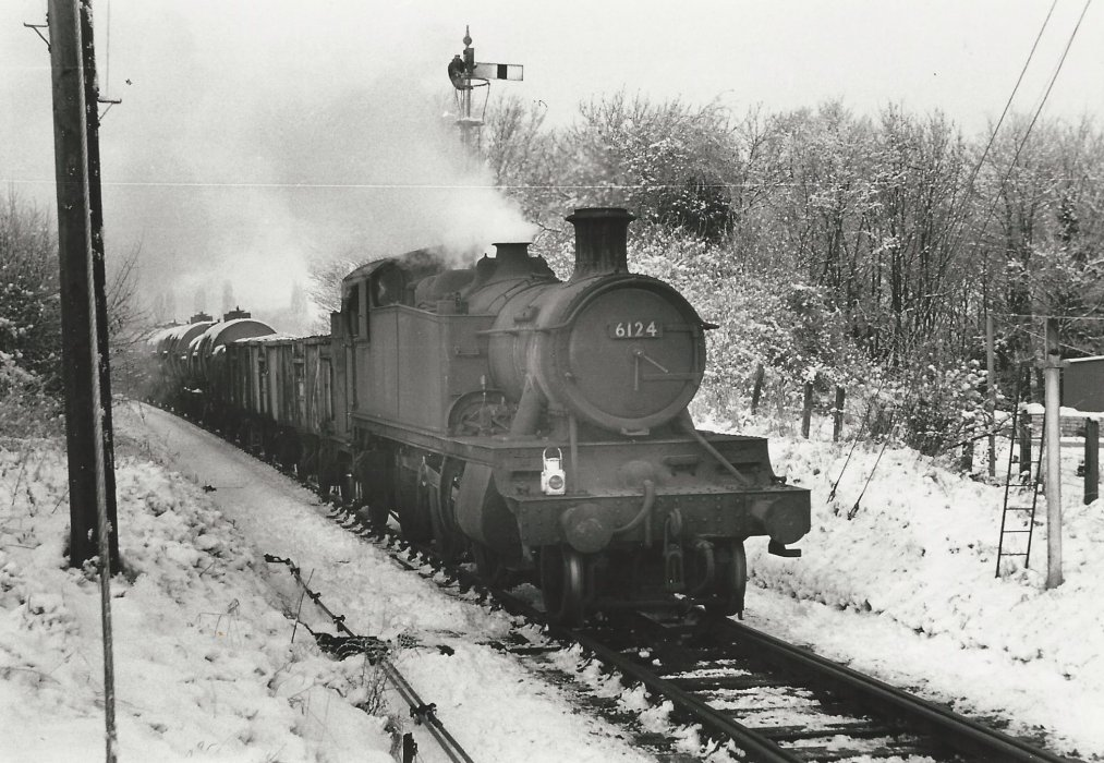 Locomotive 6124 with goods train at Wheatley