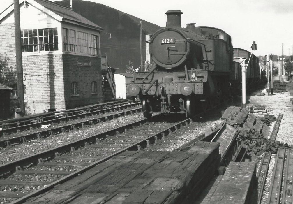 Locomotive 6124 with goods train at Wheatley Station