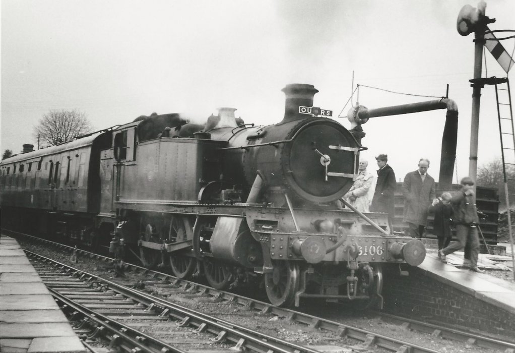 Locomotive 6106 with a passenger train at Thame Station with Oxford University Railway Society - OURS