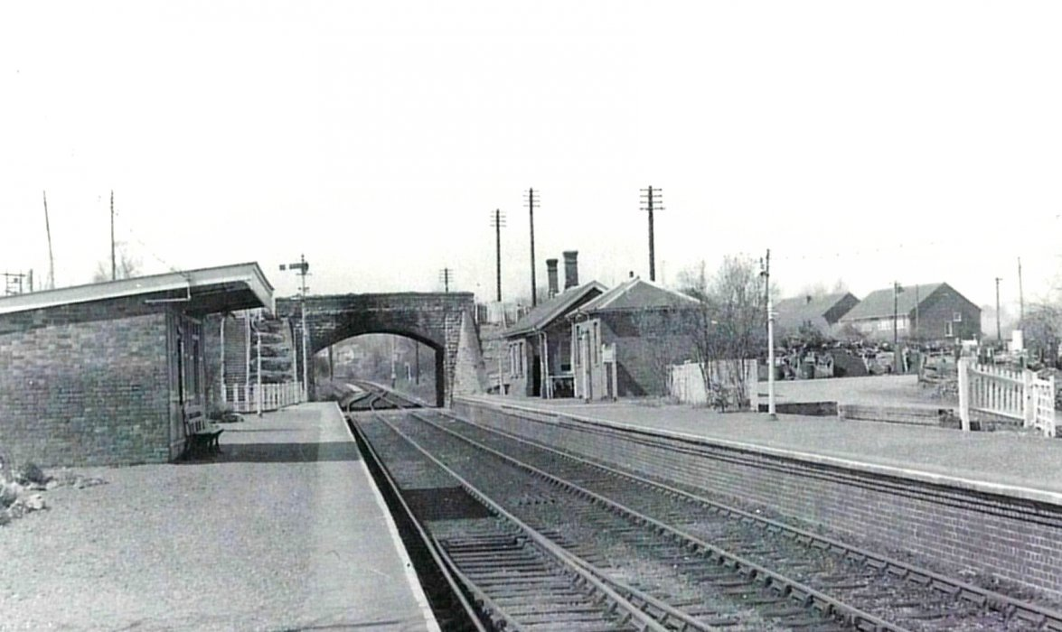 Wheatley station showing Ladder Hill bridge