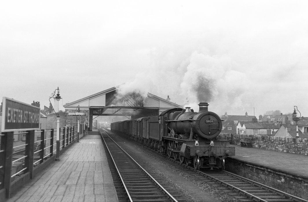 Locomotive 'Kelham Hall' 5904 at Exeter (St David's) Station in 1958.