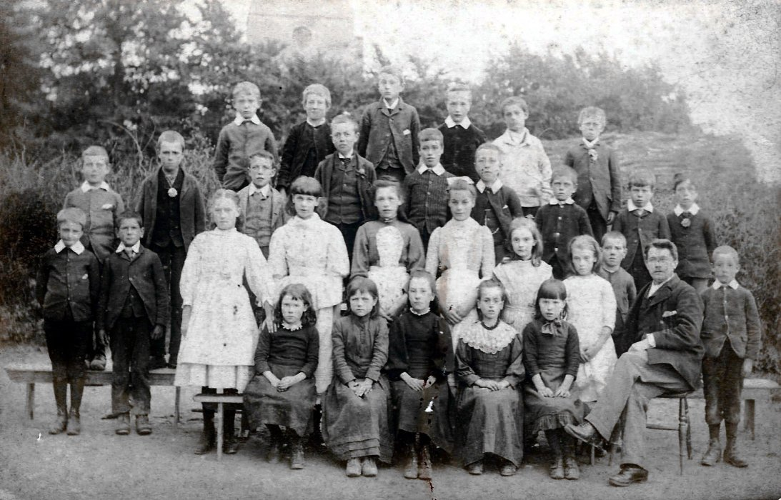 1890s. Rees Leyshon with his pupils