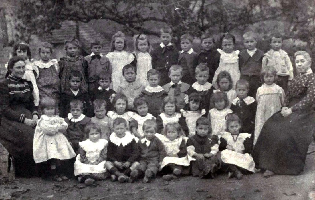 Wheatley Infants School 1902