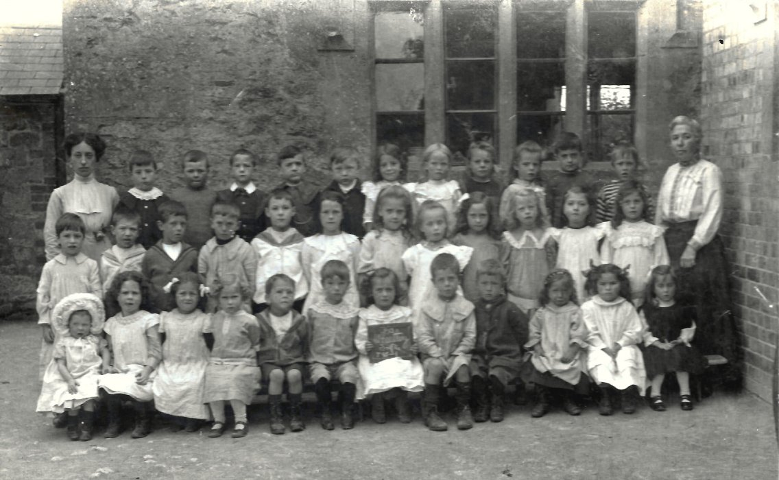 Wheatley Infants School June 24th 1913