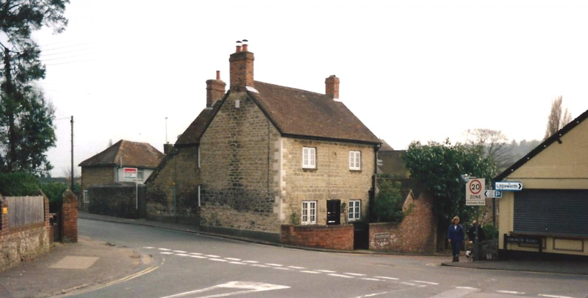 40 and 42 Church Road in 2004