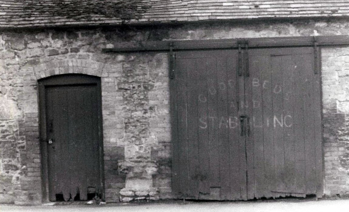 Stable block - 'Good beds and Stabling'