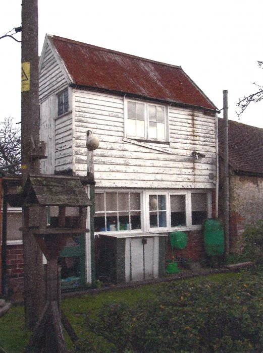 2006. Small wooden structure, originally in the grounds of 72 Church Road and reportedly used as a little sanatorium to treat chest infections. Now (2018) no longer here having been re-developed into 74 Church Road.