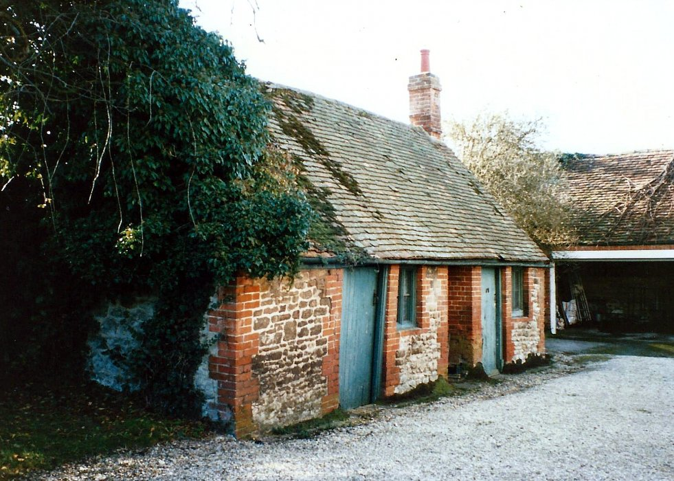 Wheatley House 1995, the outbuilding