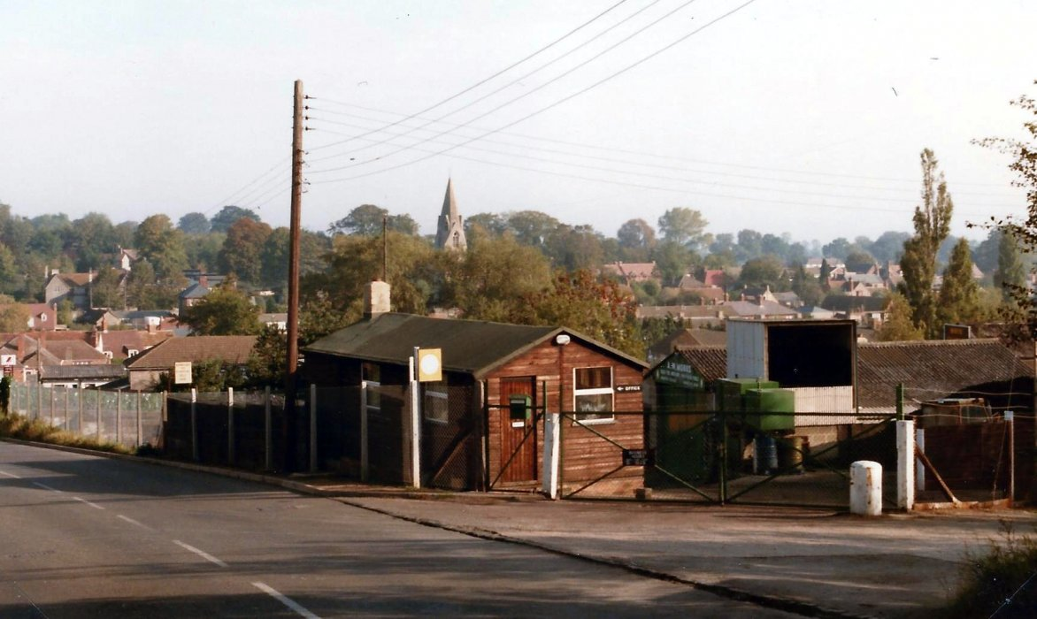 1987. Mobbs coal yard, previously Avery's timber yard, now Kelham Hall Drive and flats.