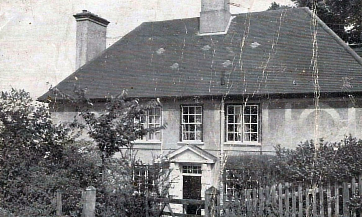 The photograph of Elpis from the 1952 auction catalogue. The house was built circa 1927.