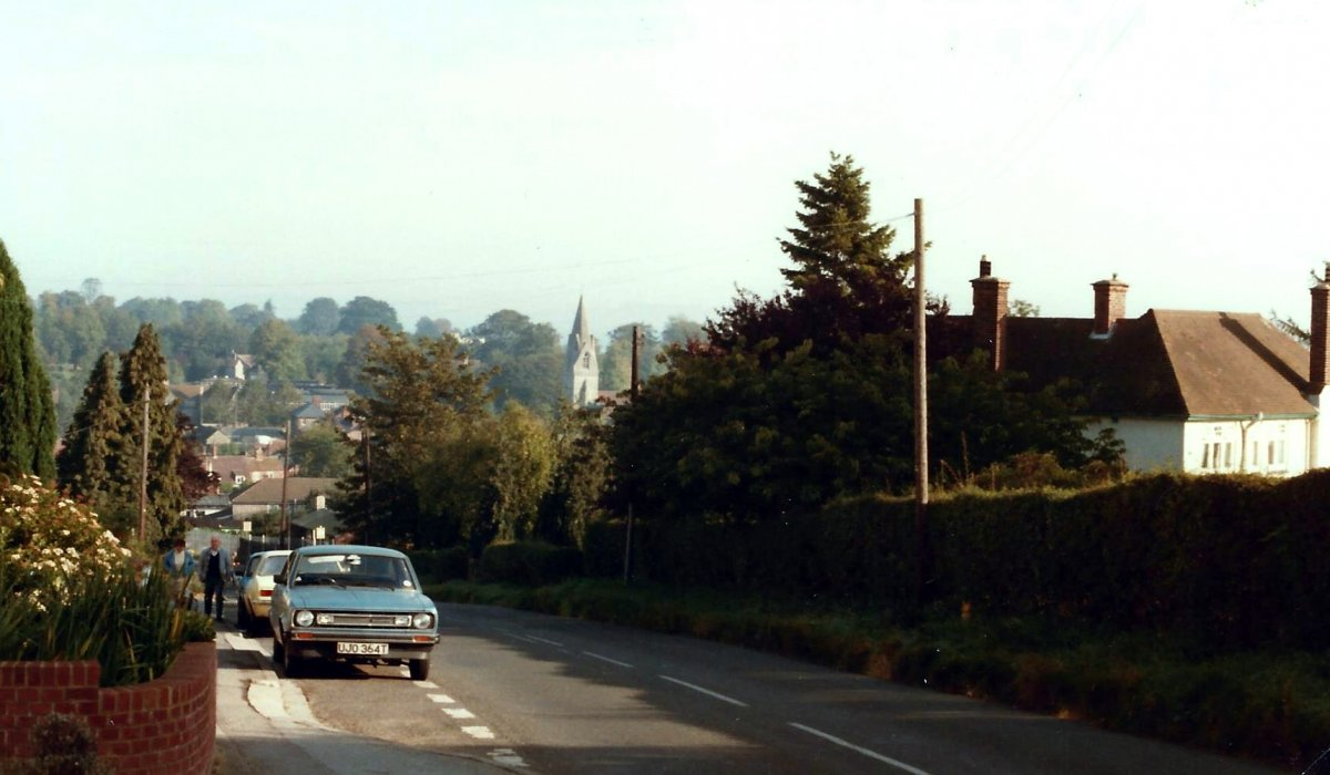 Ladder Hill, 1985. The house on the right was the station master's house, demolished in 2003 and now the site of 3 houses Nos 25, 27 and 29 Ladder Hill