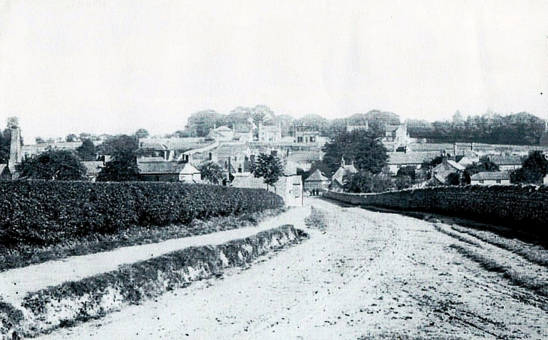 Undated view from Littleworth Road towards Park Hill with 6 house visible.