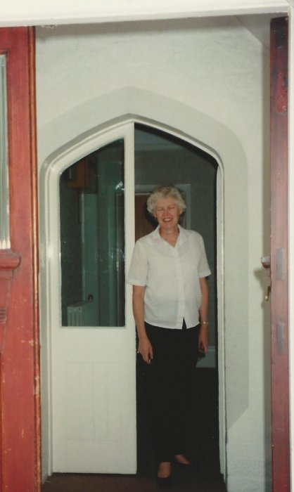 Entrance door with Freda Duckmanton