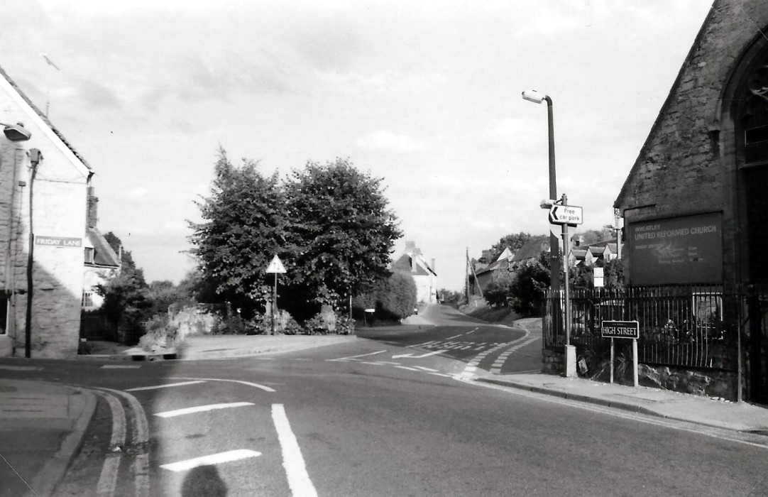 1985/6. Looking across Crown Square to Crown Road