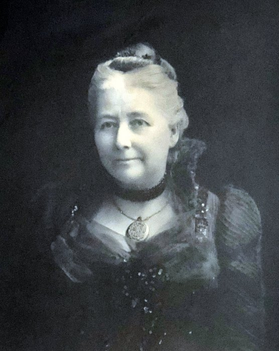 A later portrait of Mrs Dorothy Miller