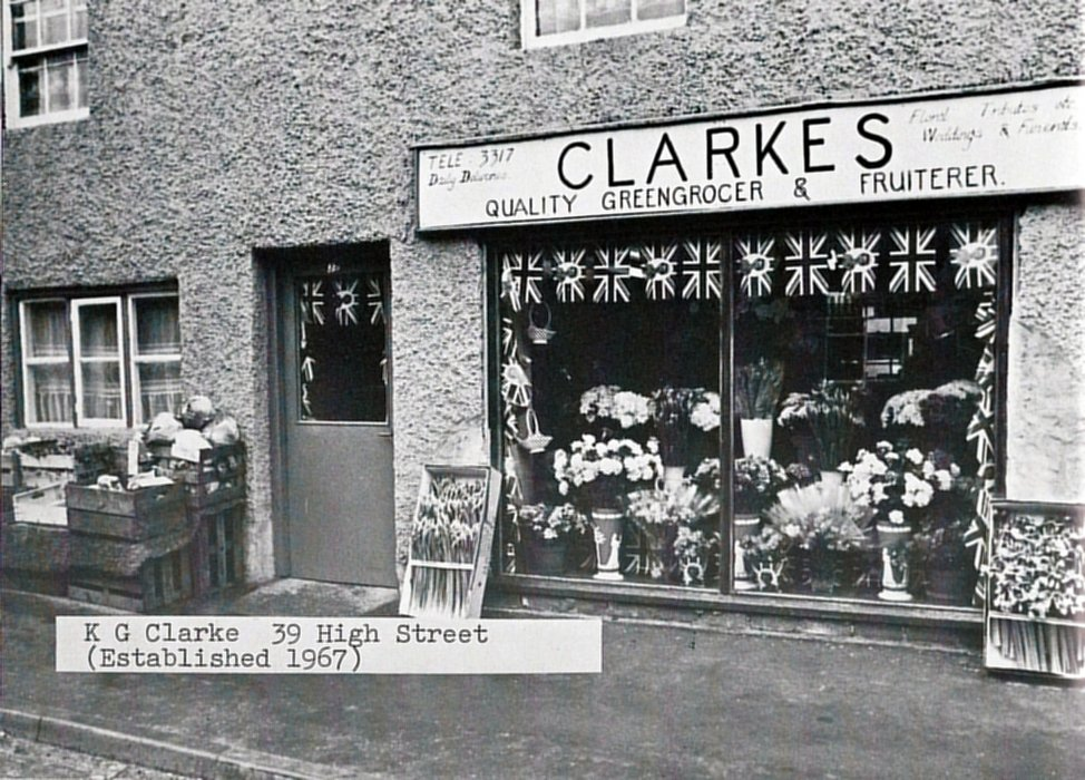 1977. Clarke Greengrocer at 39 High Street, as shown in the 1977 Jubilee brochure