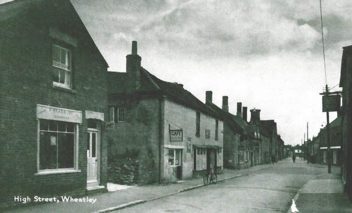 North side looking east with Bradbury's shop at 45 High Street, a cafe in the left-hand side of 47 High Street.