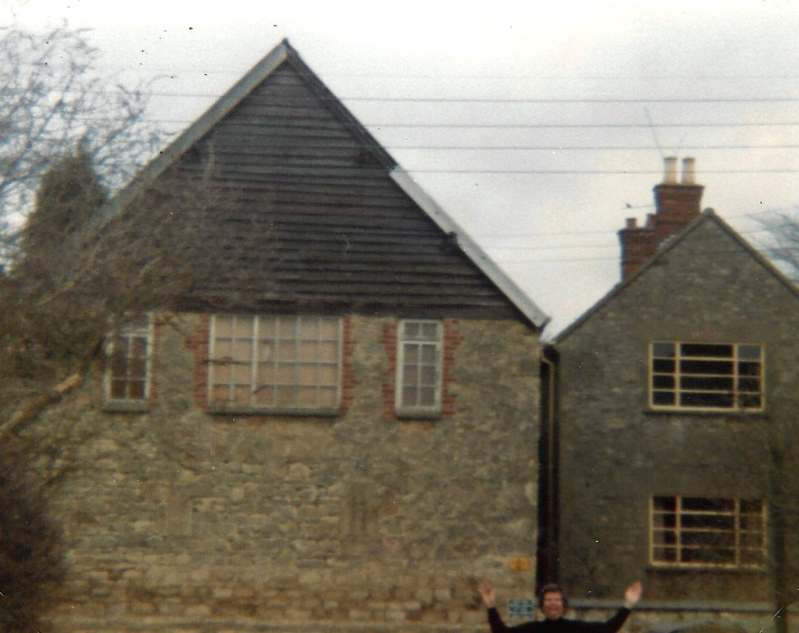 1980. Stone detached house built in 1933 next to the old storage barn. The first owners were Harris and Son; in 1936 Mrs S Watts; between 1947 and 1978 Mr Bossom