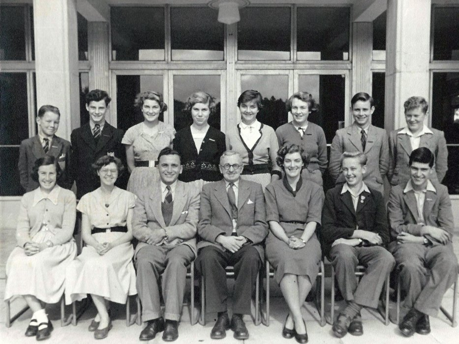 Prefects 1952 (all unknown)
