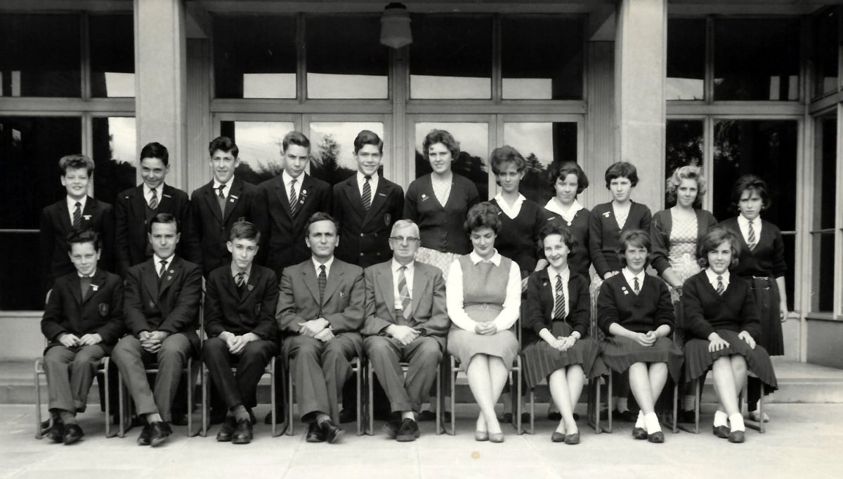Wheatley Secondary School prefects 1961/2