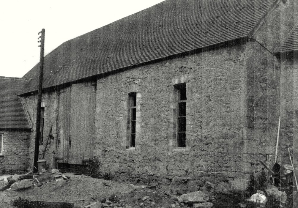 Tithe barn in 1962 before renovation