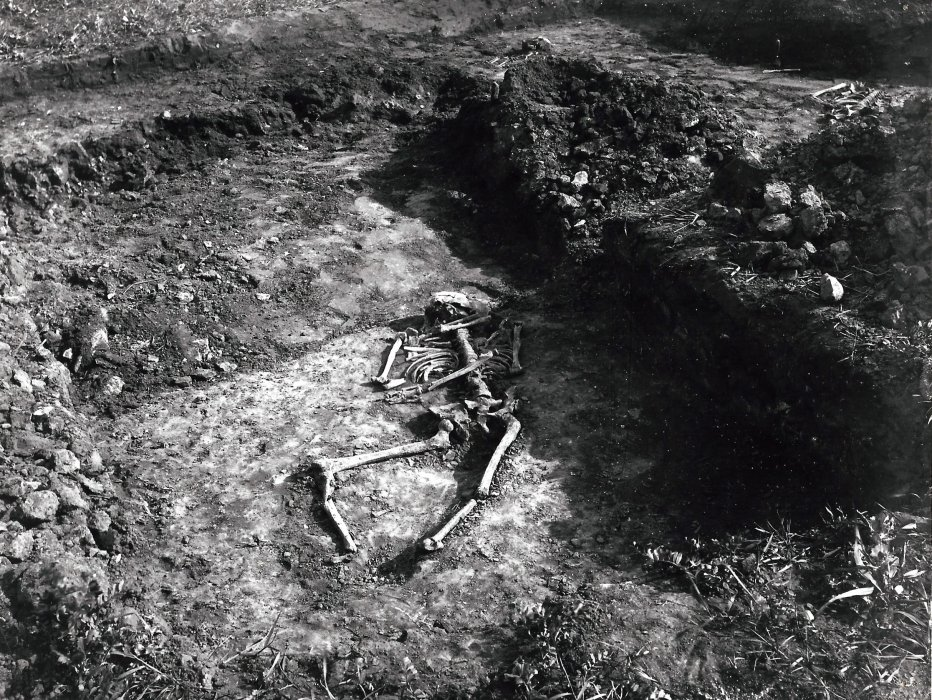 Grave 14. With the bones of a middle-aged woman were effects which indicated a person of status