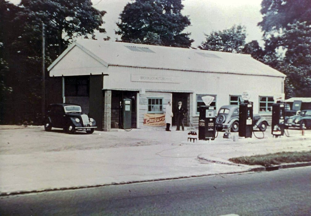 Brookside Motors in London Road