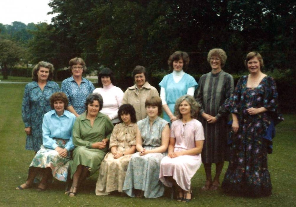 Back: Margaret Axford, Eileen Thonas, ?, Valerie Cooper, Janet Earl, Hilary Brooks
