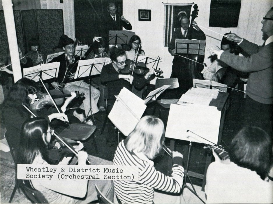 Wheatley & District Music Society (Orchestral section) with Roger Simmonds